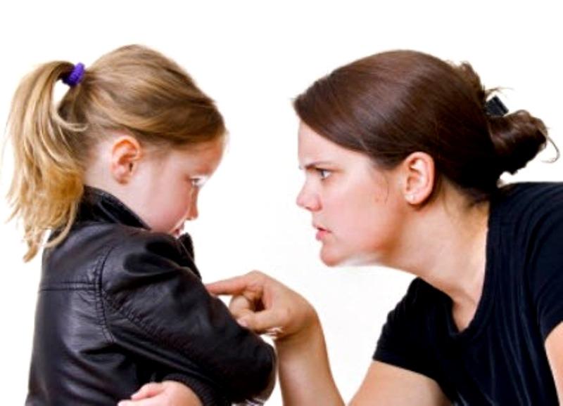 Кого лечить первыми: родителей или детей?